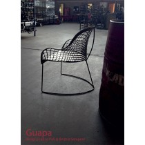 Fauteuil lounge GUAPA AT, Cuir naturel, structure Nickel noir, Design Franco Poli & Beatriz Sempere