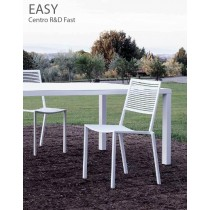 Chaise empilable EASY en Aluminium, Design Centre R&D Fast