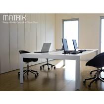 Table de réunion MATRIX, 200x160 cm, Design Claudio Dondoli et Marco Pocci