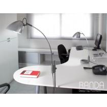 Lampe de bureau RANDA, H 147 cm, Design by PoomLab