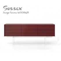 Buffet SUSSEX 311 plaqué Chêne teinté Rouge pourpre, Design Terence Woodgate